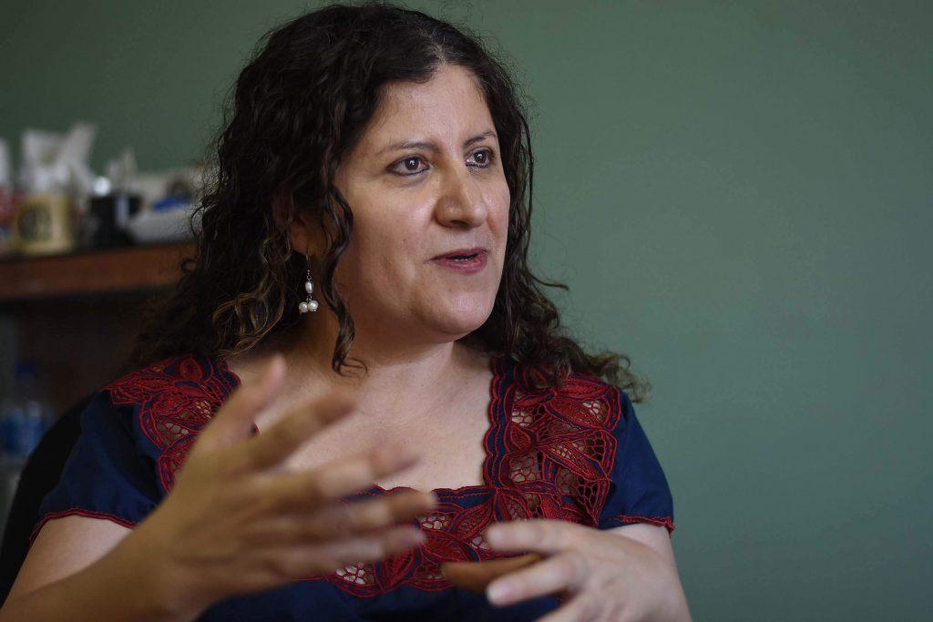 Encabezadas por Imelda Marrufo Nava, las abogadas de la Red Mesa de Mujeres encabezan los litigios en diecisiete casos, la mayoría por homicidios de mujeres. Foto: Rey R. Jáuregui
